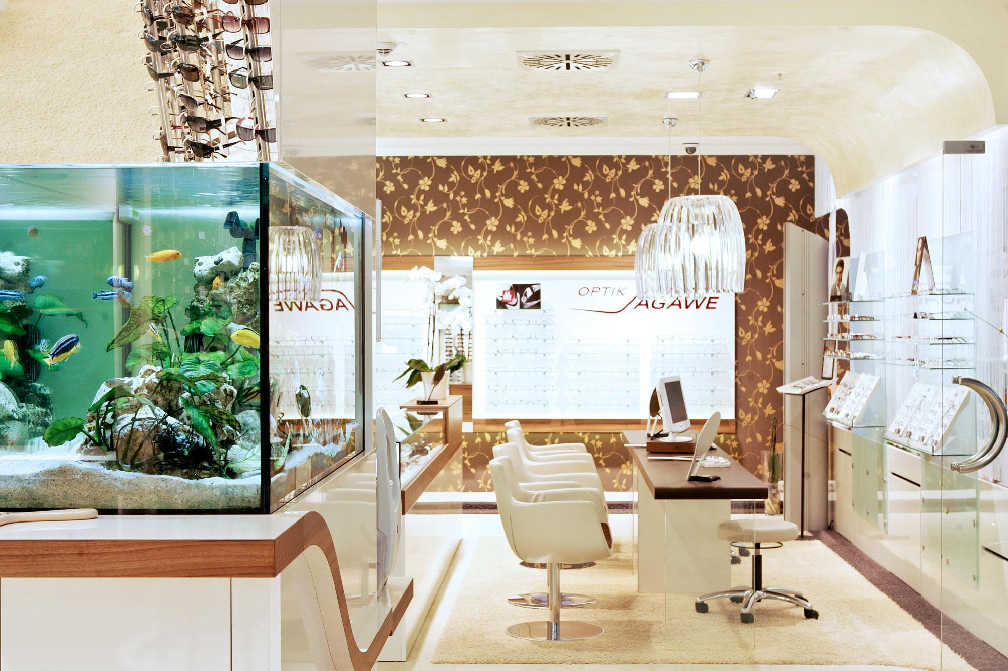 Unser Geschäft im Doberaner Hof - Optik Sagawe