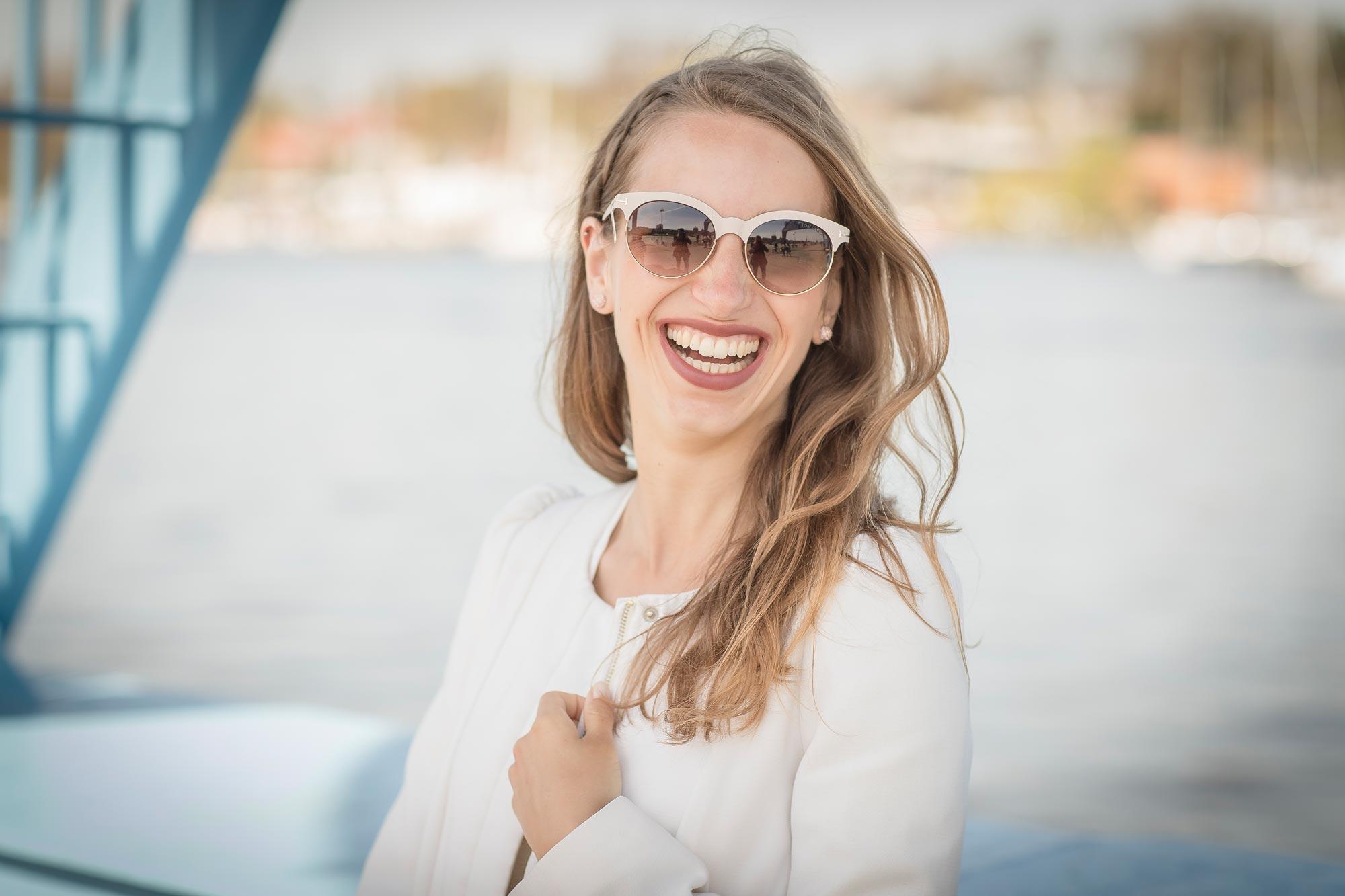Marleen mit Sonnenbrille von Optik Sagawe