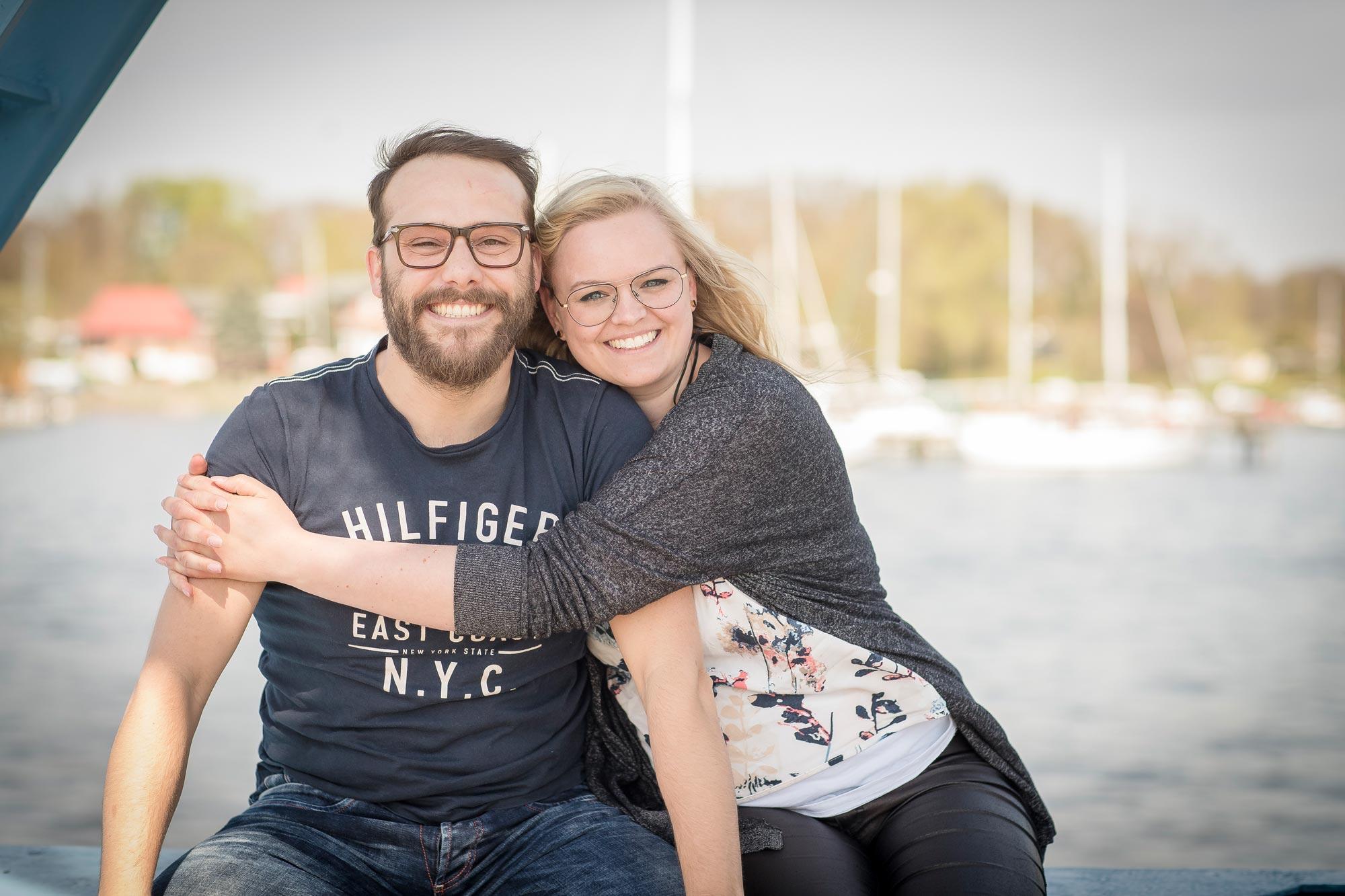 Wigburg Brungs und Marten Mense von Optik Sagawe in Rostock haben Freude am Sehen
