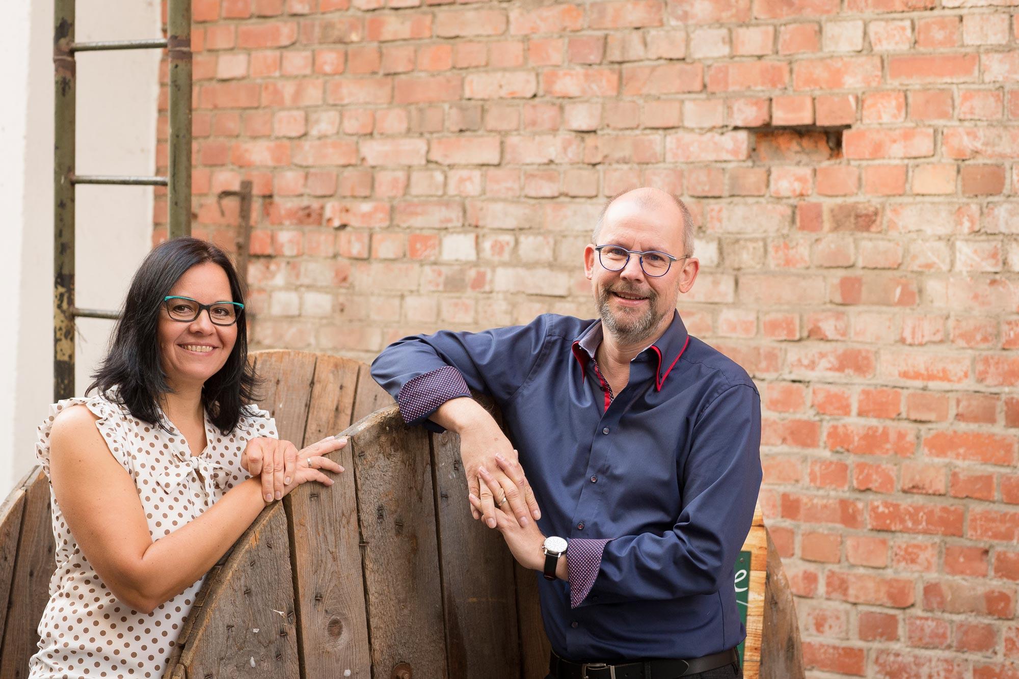 Katja Ellner und Ralf Baumgarten von Optik Sagawe in Rostock haben Freude am Sehen