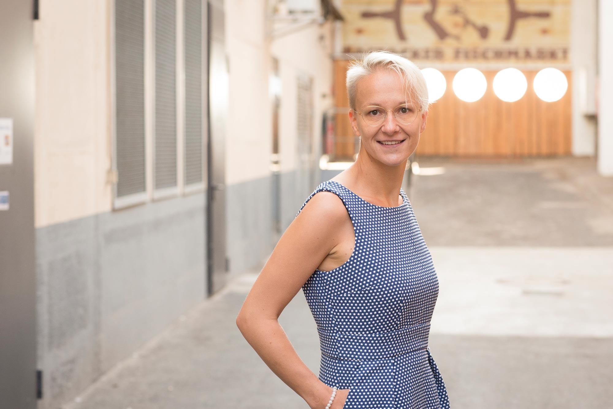 Nicole Pfäffle ist Dipl. Ing. für Augenoptik und Low Vision Spezialistin bei Optik Sagawe im Doberaner Hof