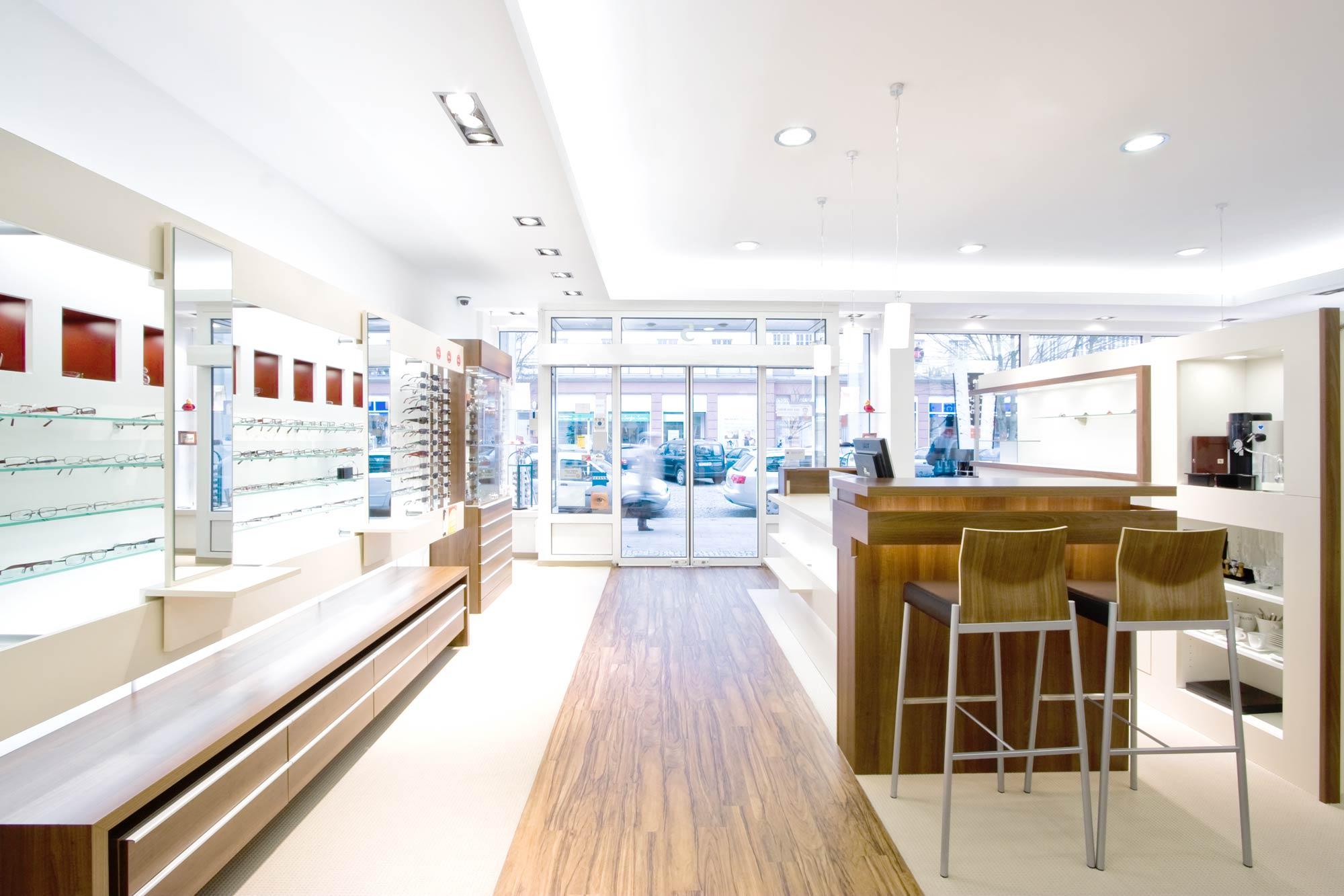 Optik Sagawe in Reutershagen ist das Zeiss Vision Center in der Ernst-Thälmann-Strasse von Rostock direkt im Ärztehaus