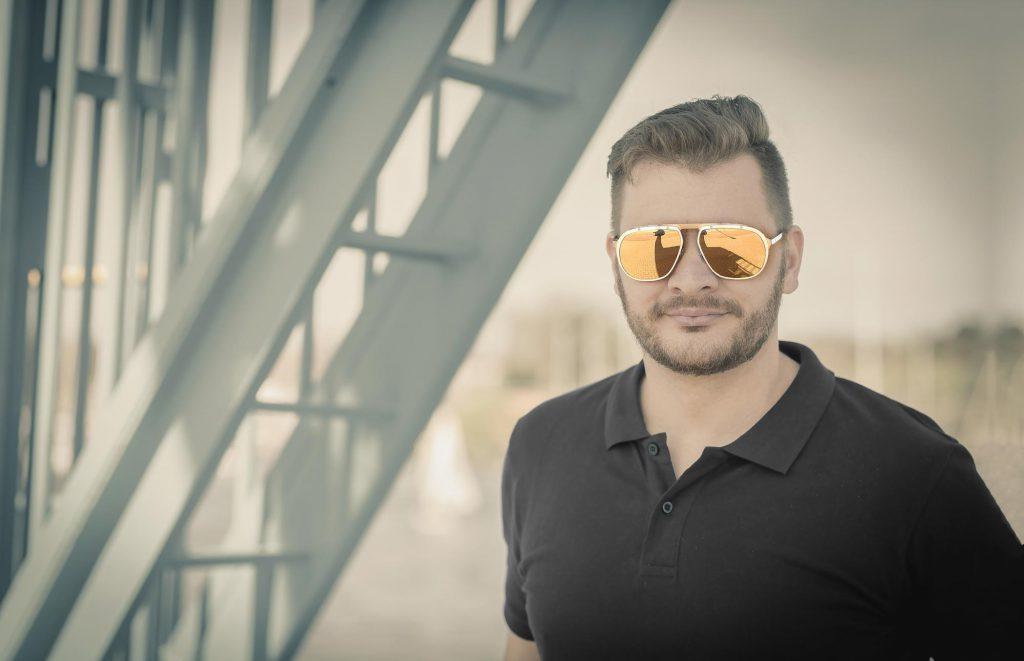 Erleben Sie Brillen der besonderen Art - die gesamte Kollektion von Cartier und Gucci bei Optik Sagawe auf dem Landespresseball Mecklenburg-Vorpommern in der Rostocker Stadthalle